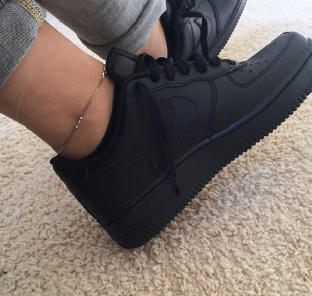 Air Force 1 Shoes Black On Feet