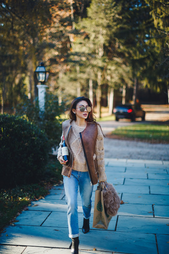 not jess fashion blogger sweater jacket jeans shoes bag vest fall outfits furry bag