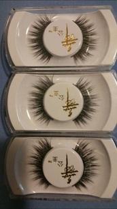 make-up,eye makeup,eyelashes,winged eyeliner,eyeliner,face makeup,natural makeup look,asian,asian fashion,makeup palette