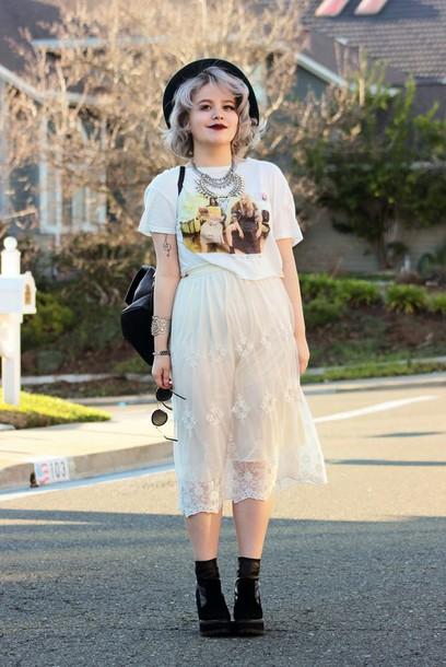 broke hell blogger sunglasses skirt shirt hat