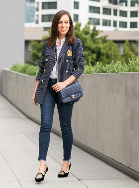 sydne summer's fashion reviews & style tips blogger jacket shirt belt jeans jewels bag shoes make-up chanel blazer smoking slippers fall outfits