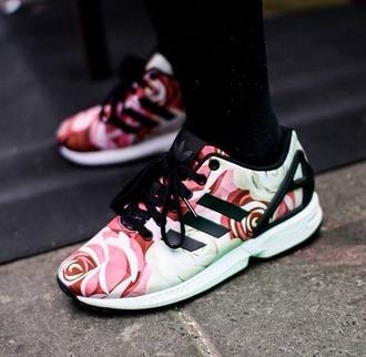 adidas zx flux avec des roses