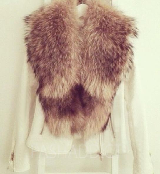 fur collar leather jacket   FASHADDICT
