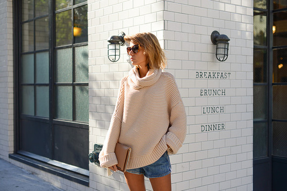 knitwear beige blogger bag the petticoat denim shorts