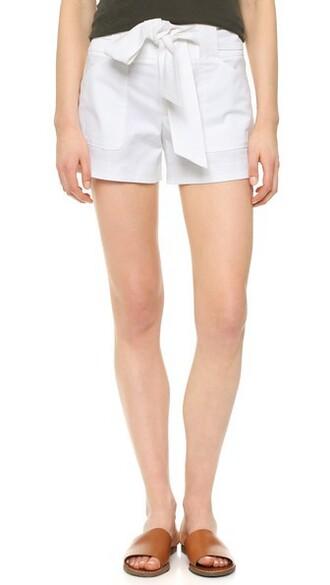 shorts bow shorts bow white