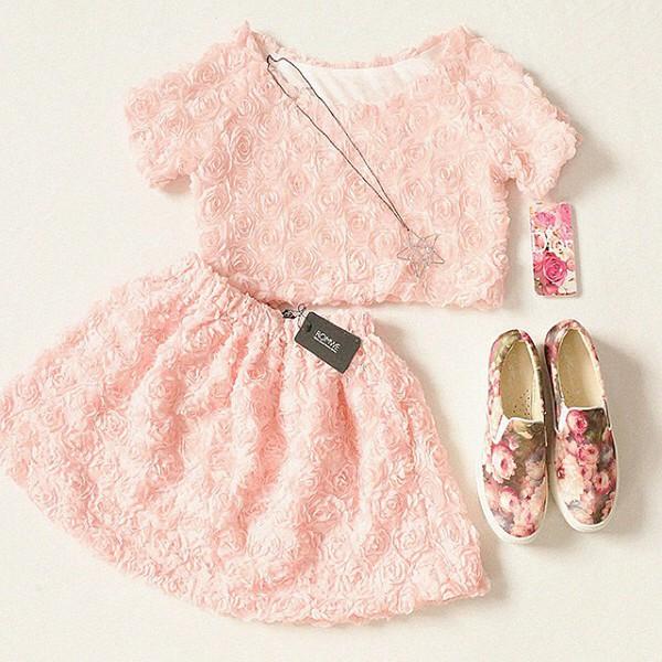 pink dress floral skirt floral crop top roses pastel pink pink floral