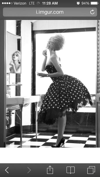 dress 50s style