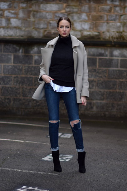 shot from the street blogger ripped jeans winter jacket coat sweater shirt jeans shoes