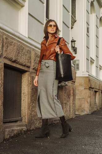 skirt tumblr midi skirt grey skirt slit skirt shirt leather shirt brown bag black bag boots ankle boots sunglasses