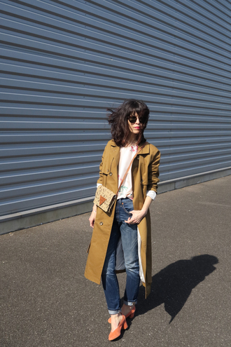 punky b blogger coat blouse trench coat jeans bag shoes crossbody bag spring outfits
