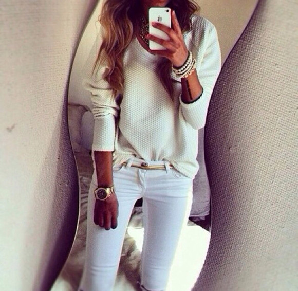 white v-neck sweater white sweater white jeans metal gold belt gold