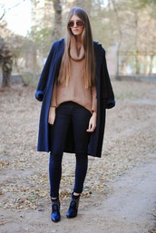 yuliasi,blogger,coat,sunglasses,knitted sweater,camel,skinny jeans,sweater,jewels,jeans,bag,shoes