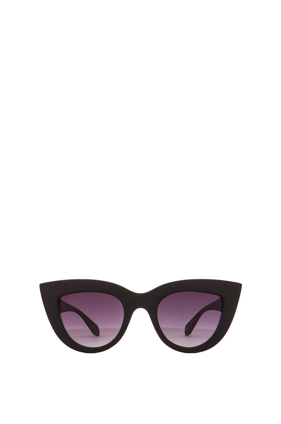 Quay kitti sunglasses in black from revolveclothing.com