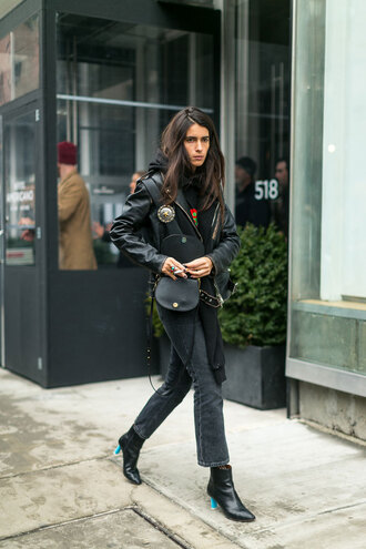 jeans nyfw 2017 fashion week 2017 fashion week streetstyle cropped jeans black jeans jacket black jacket black leather jacket leather jacket bag black bag boots black boots ankle boots scarf all black everything