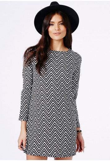 Kicia Monochrome Chevron Shift Dress - Dresses - Shift Dresses - Missguided