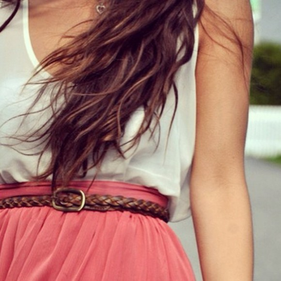 skirt shirt belt