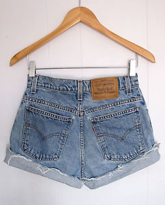Vtg medium wash levi's high waisted cut off denim shorts jean distressed 27
