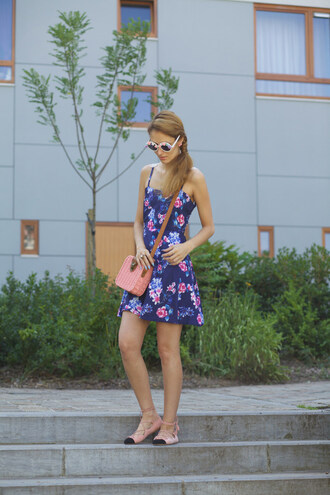 from brussels with love blogger floral dress flats