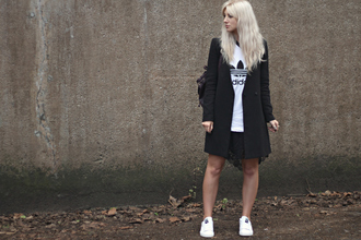 sara luxe blogger black coat adidas shoes