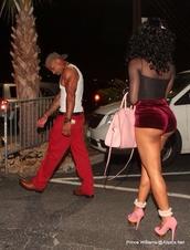 shorts,velvet,red velvet,green,out,urban outfitters,dope,couple,couple love,loved,heels,pretty,pretty girl swag,joseline Hernandez,Stevie J,shoes