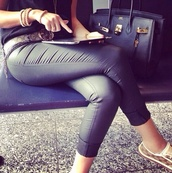 pants,leather,black,shoes,belt,bag,leather pants,leather leggings,gucci