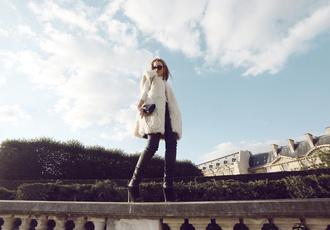 oracle fox blogger bag sunglasses faux fur vest skinny pants heels sweater pants shoes jewels white fur vest