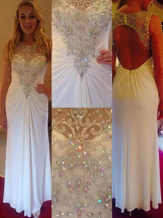 dress prom prom dress crystal white backless backless dress backless prom dress maxi maxi dress long long dress white dress special occasion dress floor length dress bridesmaid love lovely cool pretty sexy sexy dress cute dress amazing fabulous elegant