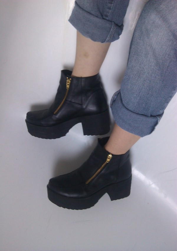 shoes tumblr shoes weheartit grunge shoes kylie jenner
