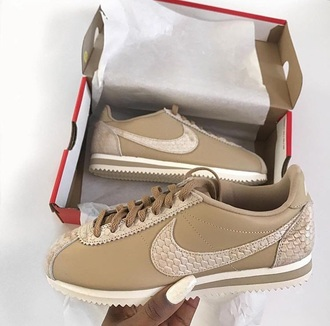 shoes cortez nike white snake skin nude