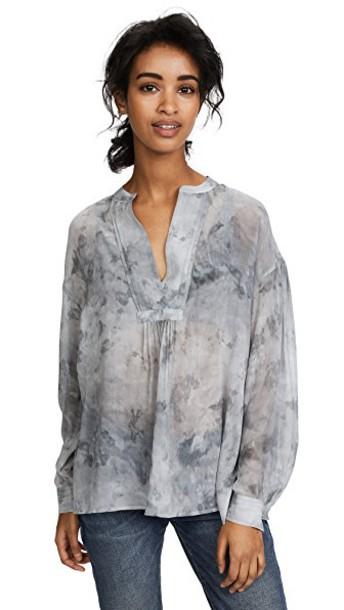 Vince blouse marble dark smoke top