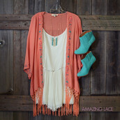 cardigan,kimono,booties,romper,tribal pattern,fringes,turquoise,peach,fall trends,amazing lace,trendy,outfit,ootd