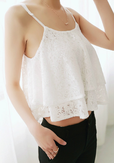 Double layers crop white