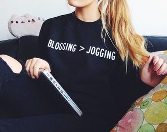 sweater blogging jogging top