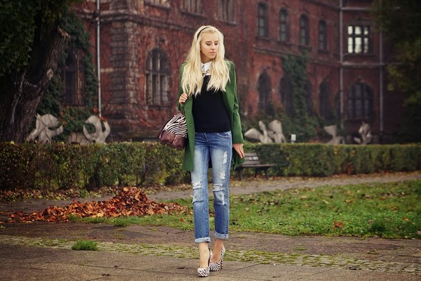 meri wild coat blouse jeans bag jewels shoes