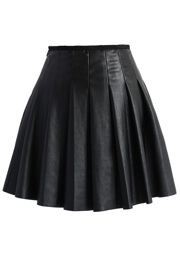 chicwish box pleated skirt faux lether mini skirt