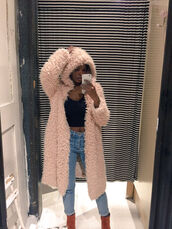 fuzzy coat,black crop top,fluffy,fall coat,oversized cardigan,winter swag,coat,pink,faux fur,fur coat,cardigan,tumblr outfit,fur,long,fur cardigan