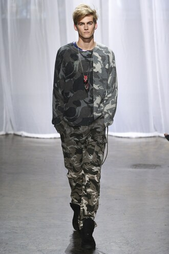pants camouflage camo pants presley gerber nyfw 2017 ny fashion week 2017 zadig et voltaire menswear mens pants mens sweater