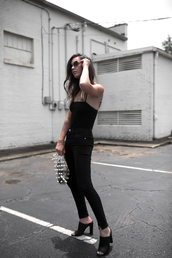 top,bodysuit,black bodysuit,black jeans,black sunglasses,bag