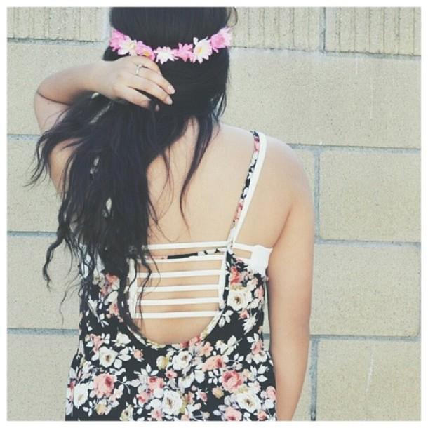 underwear chiyo top forever 21 brandy melville blouse bluse flowers black crop top pink light yellow shirt