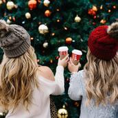 hat,tumblr,beanie,pom pom beanie,grey beanie,sweater,white sweater,holiday season,coffee,grey sweater,cut out sweater,cable knit,grey cable knit sweater,knitted beanie,bff,cold shoulder