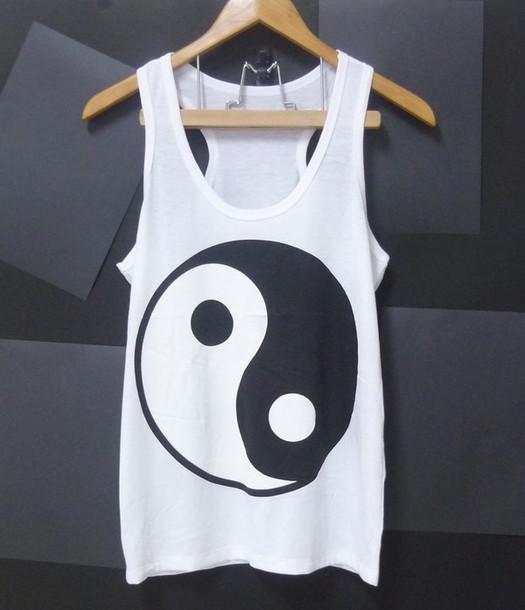 tank top yin yang tshirt yin yang white tank top t-shirt