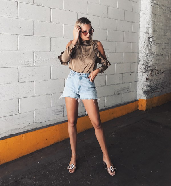 we wore what blogger shorts top shoes