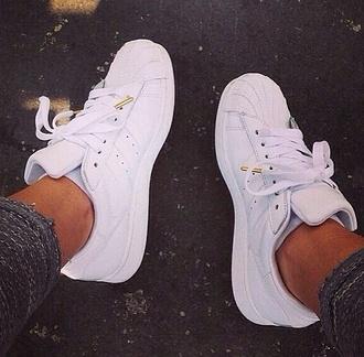 shoes white adidas adidas superstars gold grey sweatpants grey leggings sneakers