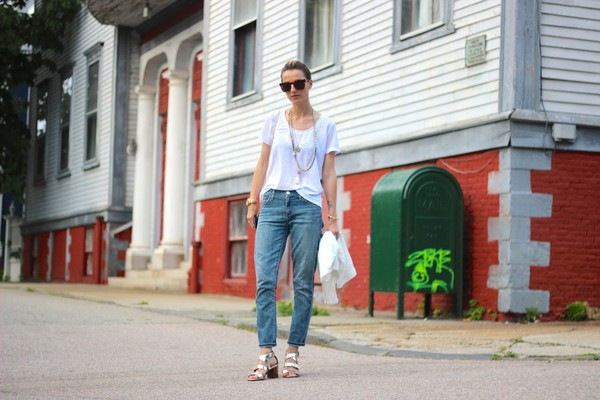 jess style rules jewels jeans t-shirt