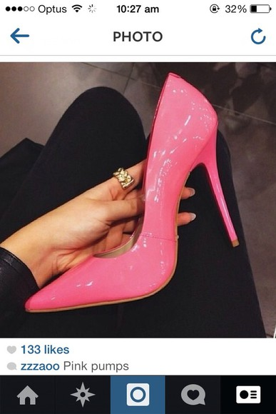 shoes pumps high heels pink or nude