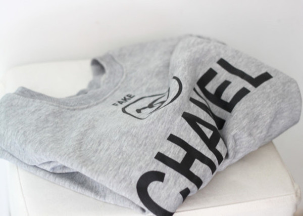 sweater beautiful grey sweater t-shirt shirt black blouse fake grey t-shirt grey t-shirt sweatshirt hipster menswear female fall outfits jumper warm winter sweater