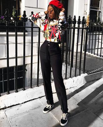 hat tumblr beret top printed top pants black pants high waisted pants sneakers black sneakers sunglasses