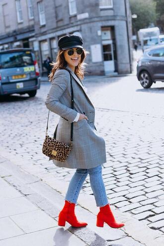 the little magpie blogger jacket bag blouse jeans shoes
