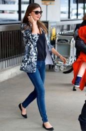 jacket,flowers,fleurs,grey,t-shirt,black,jeans,skinny jeans,denim,shoes,ballerine,miranda kerr