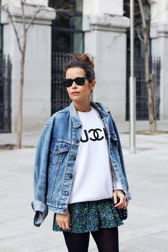 jacket white print sweater denim jacket green pleated skirt sunglasses blogger